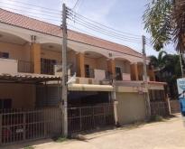 BS027 ขายบ้านทาวน์เฮ้าส์ 2 นอน 1.5 ลบ.@สิงห์บุรี
