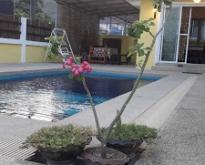 บ้านพัก ส้มเทียนรุ้งพลูวิลล่าหัวหิน  โทร 098-995-3790